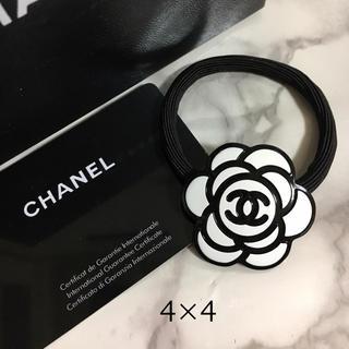 CHANEL - カメリア白ノベルティヘアゴム