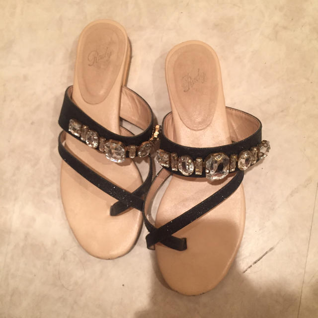 Rady(レディー)のrady  ラメビジューサンダル レディースの靴/シューズ(サンダル)の商品写真