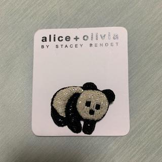 アリスアンドオリビア(Alice+Olivia)のアリスアンドオリビア パンダ ブローチ(ブローチ/コサージュ)