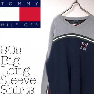 トミーヒルフィガー(TOMMY HILFIGER)の【90s】トミーヒルフィガー ビッグサイズ トリコカラー ブランドロゴ  ロンT(Tシャツ/カットソー(七分/長袖))