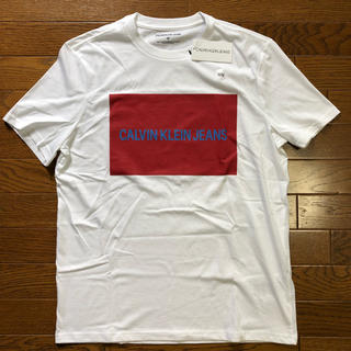 カルバンクライン(Calvin Klein)の新品タグ付き カルバンクライン ジーンズ  ボックスロゴ Tシャツ サイズM(Tシャツ/カットソー(半袖/袖なし))