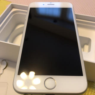 Apple - iPhone6s 32GB 【SIMロック解除不可】A1688
