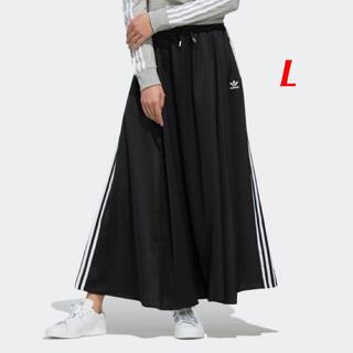 【レディースL】黒  ロングサテンスカート
