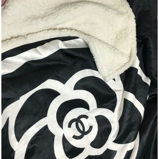 CHANEL - 質感がいいシャネル ブランケット、厚手  毛布
