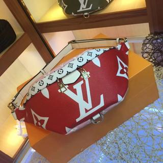 LOUIS VUITTON - LOUISVUITTON BUMBAG赤ボデイーバッグ