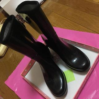 オフザウォール(off the wall)のバック2連リボンレインブーツ/ブラック/off the wall/22.5/雨靴(レインブーツ/長靴)
