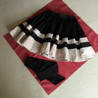 ダズリン(dazzlin)のウェストリボンボーダースカート(ミニスカート)