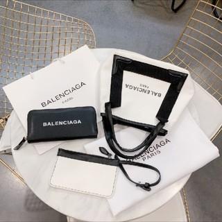 バレンシアガ(Balenciaga)のyお客様の専用ページ。balenciagaショップ袋と財布セット(ショップ袋)
