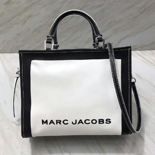 マークジェイコブス(MARC JACOBS)のMARC JACOBS ホワイト ハンドバッグ  ショルダーバッグ(ハンドバッグ)