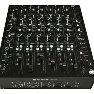 MODEL 1 PLAYdifferently ミキサー