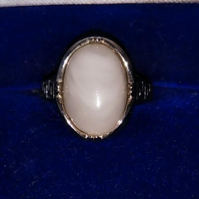天然石マーブル.ホワイトの指輪 レディースのアクセサリー(リング(指輪))の商品写真