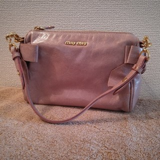 miumiu - miumiu ハンドバッグ