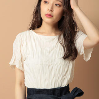 ミスティウーマン(mysty woman)のバックリボンワッシャーTシャツ mysty woman(Tシャツ(半袖/袖なし))