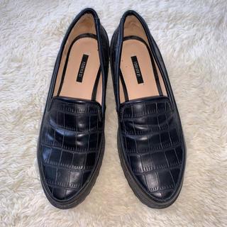 フォーエバートゥエンティーワン(FOREVER 21)のforever21 sizs(ローファー/革靴)