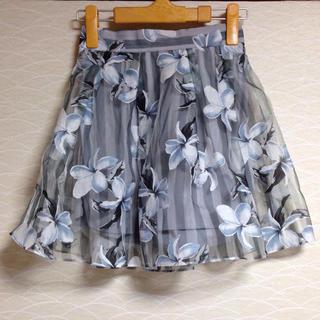 ダズリン(dazzlin)の今期新品 オーガンジー花柄スカート(ミニスカート)