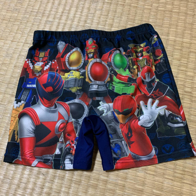 BANDAI(バンダイ)のスーパー戦隊シリーズ 水着 キッズ/ベビー/マタニティのキッズ服男の子用(90cm~)(水着)の商品写真
