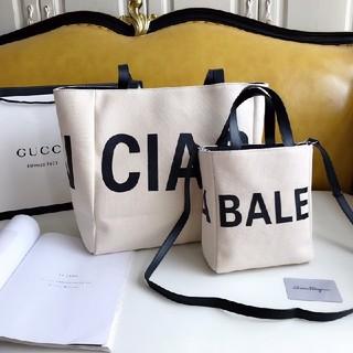 バレンシアガ(Balenciaga)のBalenciaga 大人気  ショップ袋  ハンドバッグ ショルダーバッグ (ショップ袋)