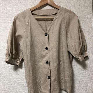 ジーユー(GU)のゆりり様専用 GU ジーユー リネン ブラウス(シャツ/ブラウス(半袖/袖なし))
