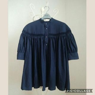 サイ(Scye)の花様専用 Scye サイ リネンタックブラウス 紺 size38(シャツ/ブラウス(半袖/袖なし))