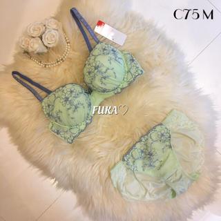 アモスタイル(AMO'S STYLE)のC75♡アモスタイルby トリンプ フラワー グリーン ブラ&ショーツ セット(ブラ&ショーツセット)