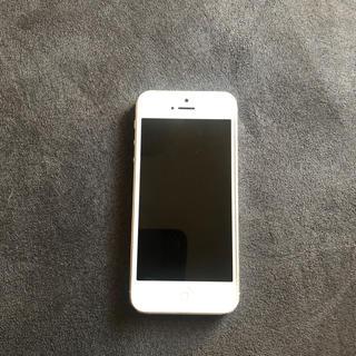 アップル(Apple)のiPhone5 白(スマートフォン本体)