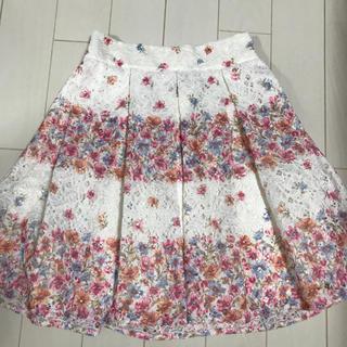 リズリサ(LIZ LISA)のLIZLISA花柄スカート(ひざ丈スカート)