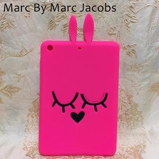 マークバイマークジェイコブス(MARC BY MARC JACOBS)のマークバイマークジェイコブス 美品 うさぎ iPad タブレット ケース カバー(iPadケース)