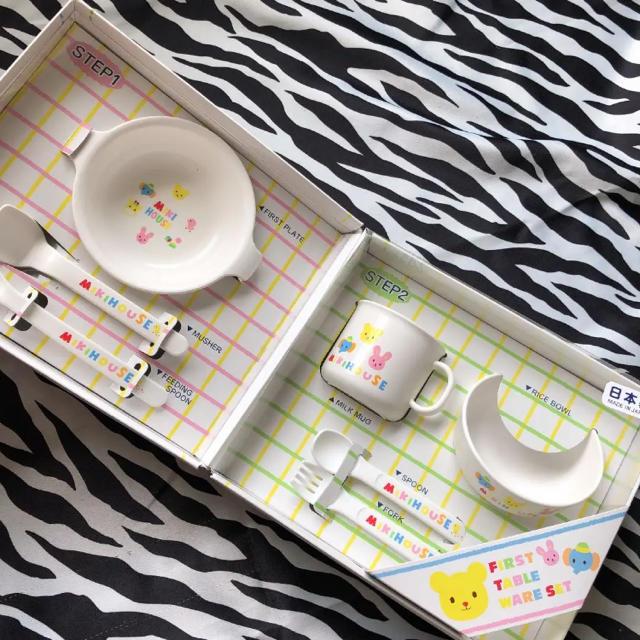 mikihouse(ミキハウス)のミキハウス テーブル ウェアセット キッズ/ベビー/マタニティの授乳/お食事用品(離乳食器セット)の商品写真
