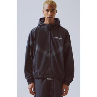 フィアオブゴッド(FEAR OF GOD)のfog essentials nylon anorak jacket XL(ナイロンジャケット)