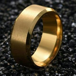 新品★送料無料★メタルゴールドリング★8mm幅(リング(指輪))