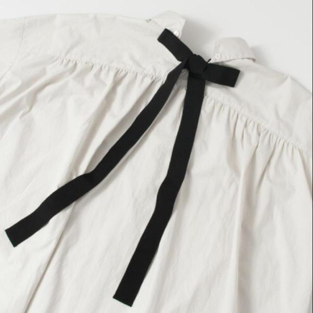URBAN RESEARCH(アーバンリサーチ)のバックリボンオーバーシャツ レディースのトップス(シャツ/ブラウス(長袖/七分))の商品写真