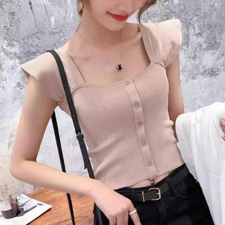 ディーホリック(dholic)のruffle shoulder knit(カットソー(半袖/袖なし))