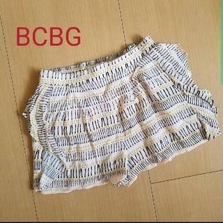 ビーシービージーマックスアズリア(BCBGMAXAZRIA)の 値下げ BCBG ショートパンツ (ショートパンツ)
