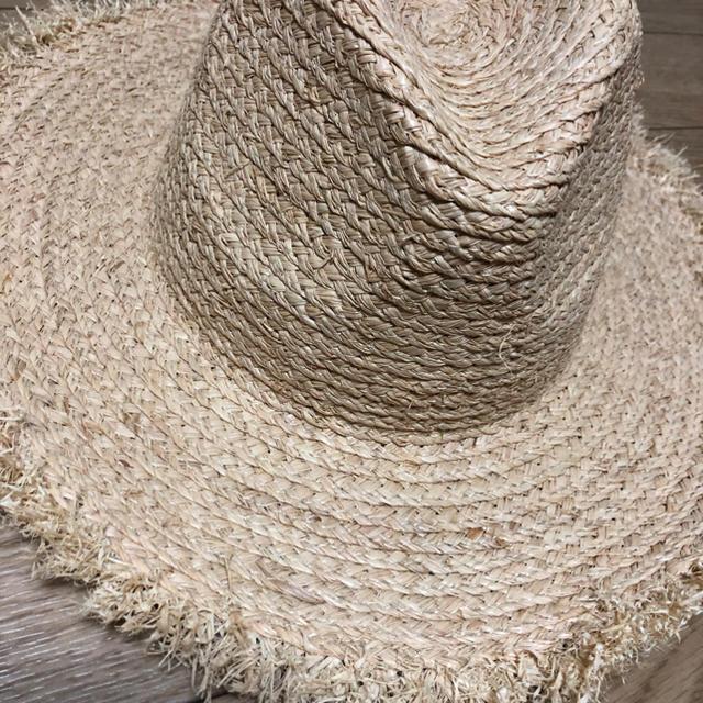 Ungrid(アングリッド)の新品同様 ラフィア フリンジHAT todayful ZARA moussy レディースの帽子(麦わら帽子/ストローハット)の商品写真