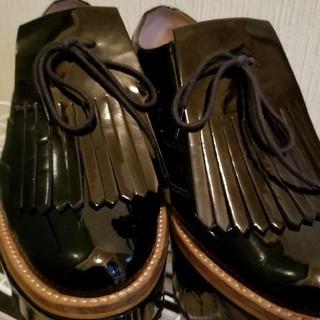ヴィヴィアンウエストウッド(Vivienne Westwood)のVivienne Westwood キルトウイングエナメルシューズ(ローファー/革靴)