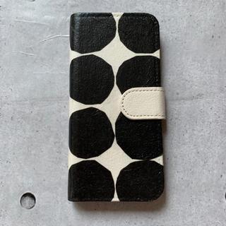 マリメッコ(marimekko)のイソトキヴェット バルブンライタ iPhoneケースハンドメイド(iPhoneケース)