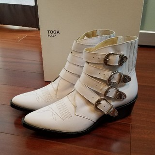 トーガ(TOGA)の専用【新品未使用品】toga pulla ウエスタンブーツ ホワイト 40(ブーツ)