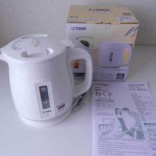 タイガー(TIGER)の■値下げ タイガー 電気ケトル 0.8L ホワイト わく子 PCF-G080-W(電気ケトル)