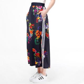 アディダス(adidas)のadidas 花柄 ロングスカート フラワースカート フローラル 入手困難(ロングスカート)