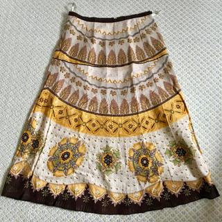 ベルメゾン(ベルメゾン)の柄スカート(ふくらはぎ丈)(ひざ丈スカート)