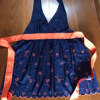 フランフラン(Francfranc)の夏空様専用フランフラン エプロン ネイビー オレンジ刺繍(その他)