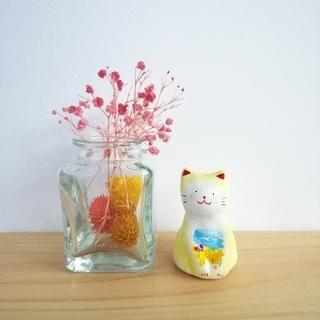 菜の花と蝶の猫の置物(置物)
