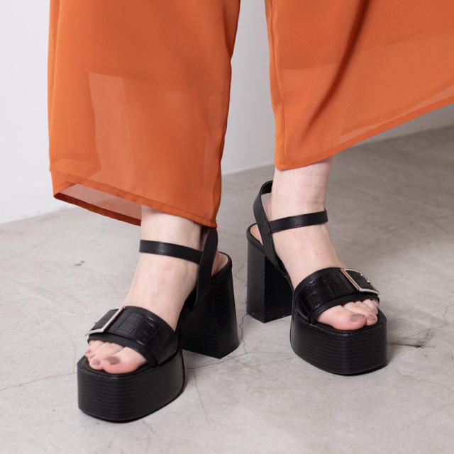 WEGO(ウィゴー)のWEGO サンダル レディースの靴/シューズ(サンダル)の商品写真