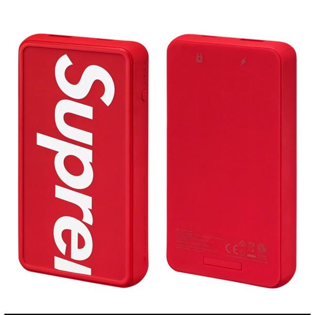 Supreme(シュプリーム)のsupreme mophie powerstation wireless XL スマホ/家電/カメラのスマートフォン/携帯電話(バッテリー/充電器)の商品写真
