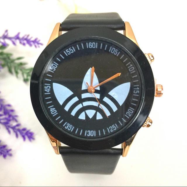 クロムハーツ ウォッチブレス 、 腕時計メンズ革カジュアルドレス腕時計クローバースポーツ腕時計の通販 by meow records|ラクマ