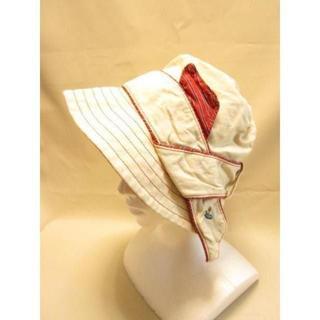ヴィヴィアンウエストウッド(Vivienne Westwood)の美品 ヴィヴィアンウエストウッド アイボリー×レッド 帽子 ハット V786(ハット)