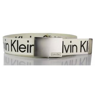 カルバンクライン(Calvin Klein)のCalvin Klein カルバンクライン ベルト ホワイト M(ベルト)