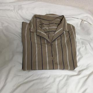 ジーユー(GU)のストライプ シャツ(シャツ/ブラウス(半袖/袖なし))