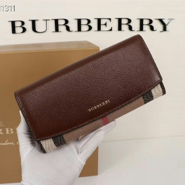 BURBERRY - 新品 バーバリー BURBERRY 長財布の通販 by 小山's shop|バーバリーならラクマ