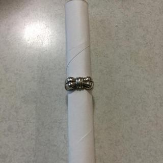 リボン型の指輪(リング(指輪))